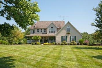 lawn fertilization in Kentucky